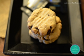 easy whole wheat eggless cookies + dark chocolate chunks