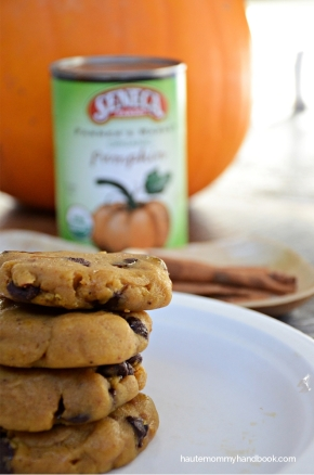 chai-spiced chocolate chip pumpkin cookies