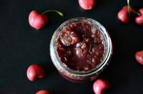 super easy cherry compote