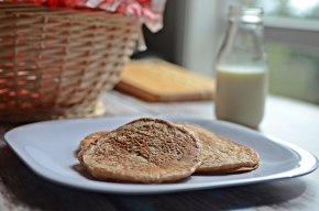dairy-free eggless pancakes