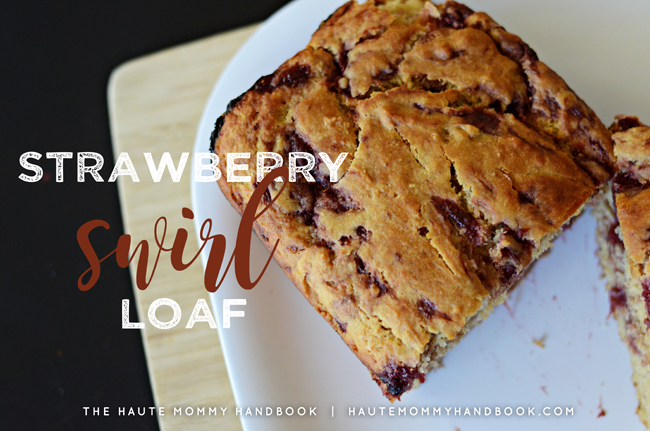 strawberry swirl loaf-title